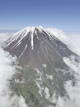 世界文化遺産登録の手続きが進む富士山