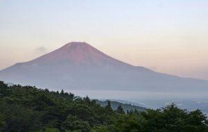 自然の恵み未来へ きょう「山の日」
