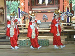 富士山噴火の沈静化を願う伝統の舞