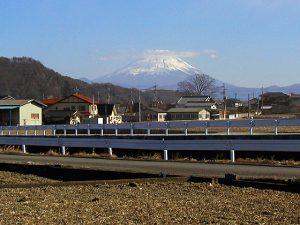 北杜市武川町牧原からの富士