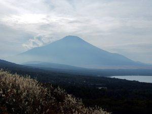 三国山のパノラマ台からの富士