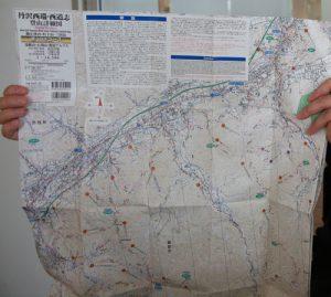 登山道102コースの情報を紹介する地図「丹沢西端・西道志の山 登山詳細図」