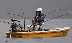 ヒメマス釣りが解禁、本栖湖