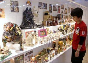 北原ミュージアムで犬のコレクション展