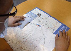 富士吉田市では実際には南にある富士山が上に描かれた地図が当たり前