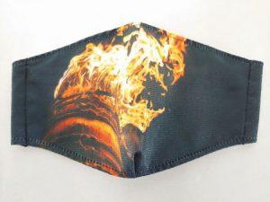 吉田の火祭りの大たいまつをデザインしたマスク