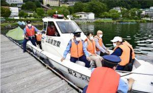 河口湖と山中湖で夏期警備活動視察